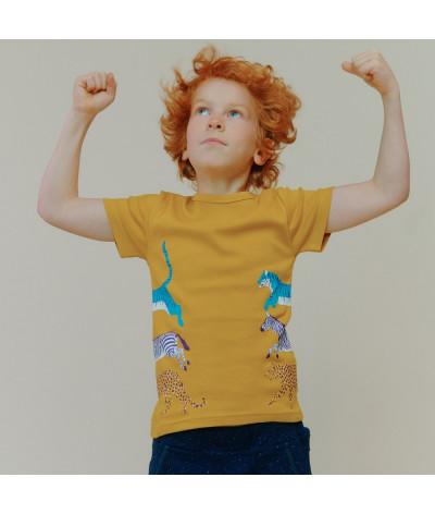 T-Shirt Stretching